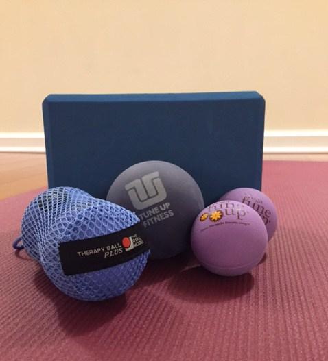 balls on mat